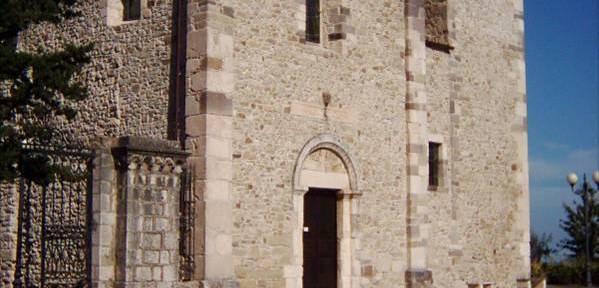 Chiesa-di-San-Pancrazio-Roccascalegna-(Chieti).jpg